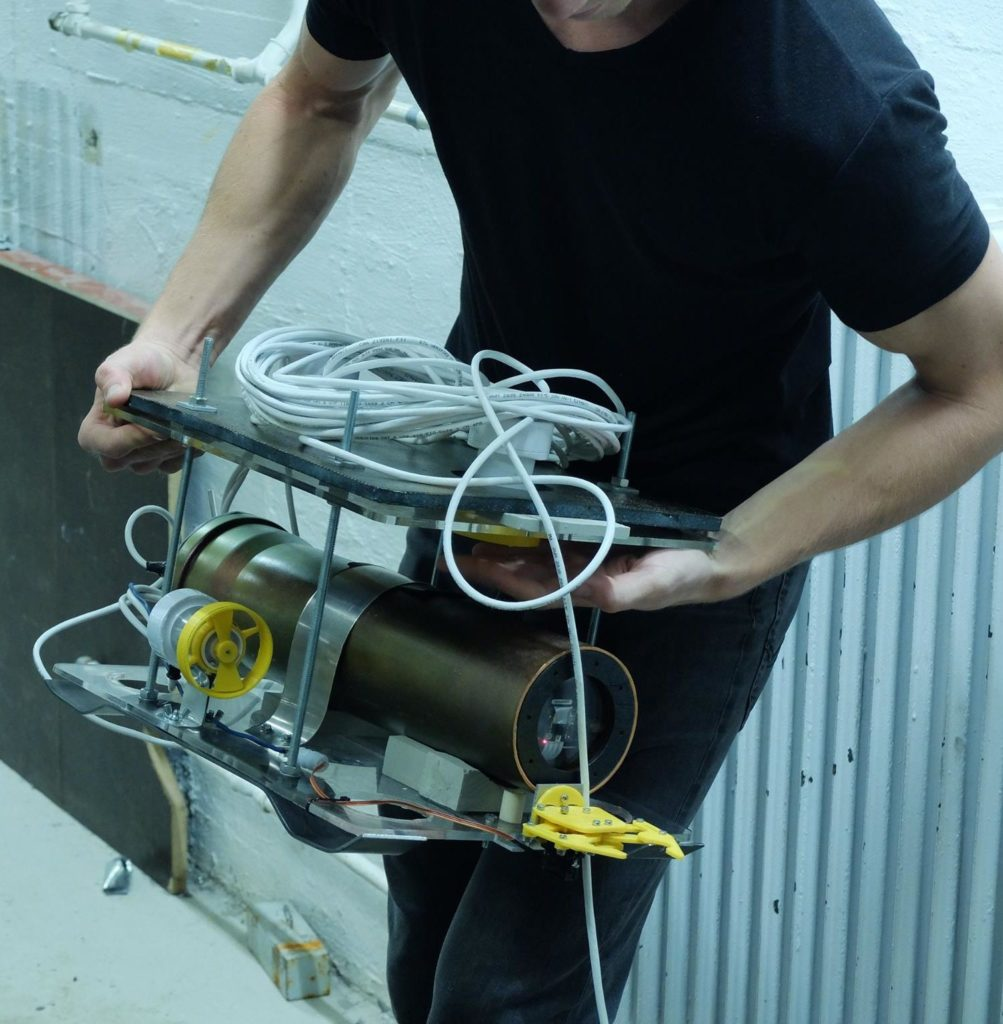 High school students are invited to build their own underwater vehicle. Photo: eduROV
