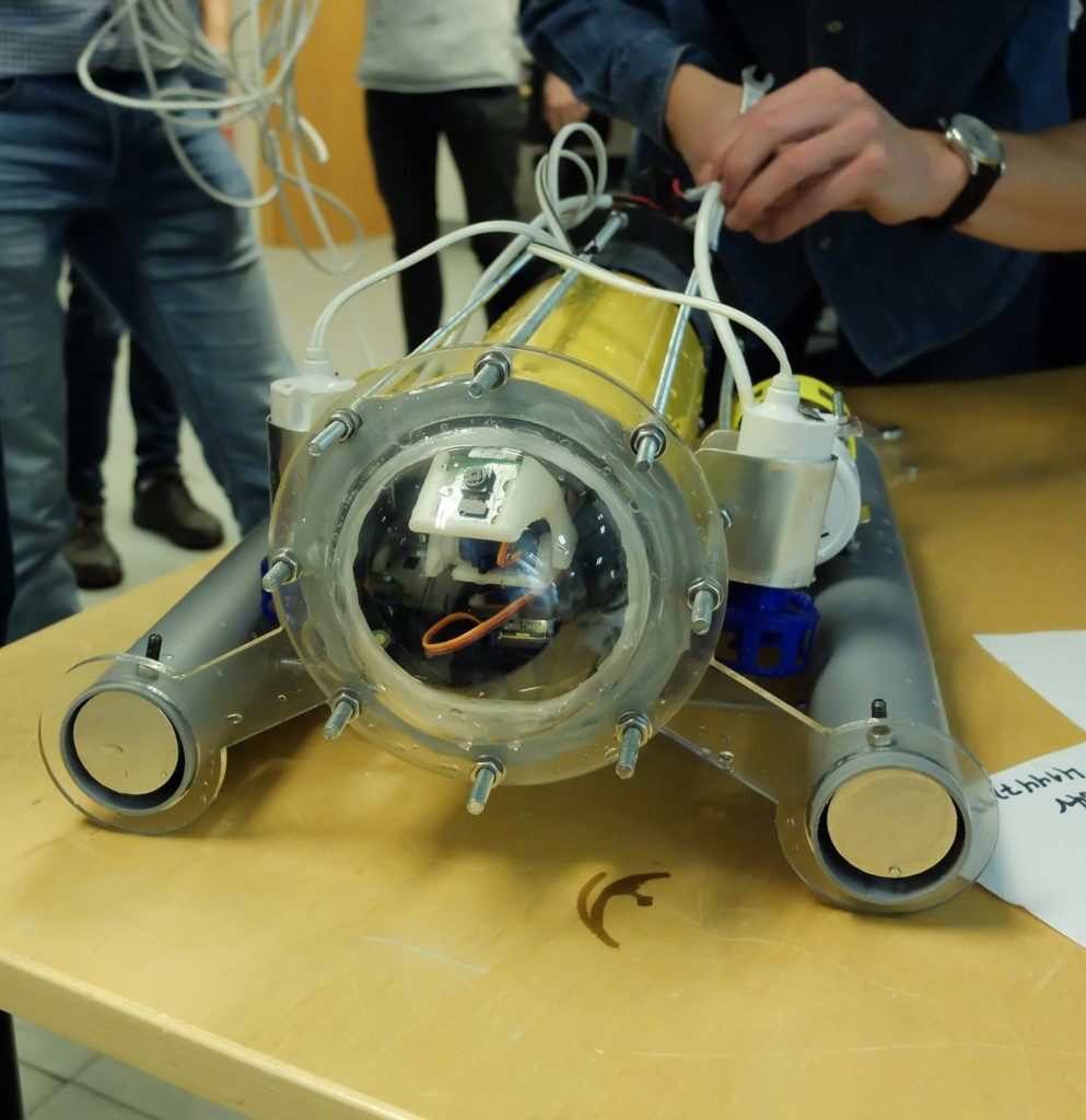 eduROV is a development kit for building your own underwater vehicle, a ROV. Photo: eduROV